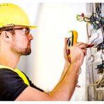 ¿Cómo ahorrar y ganar seguridad en servicios de electricistas?