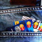 En la mayoría de los casos el coste de las tarjetas revolving sigue superando el 22% anual
