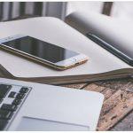 Ahorrar a la vez que se emprende en línea: ¿Es posible?
