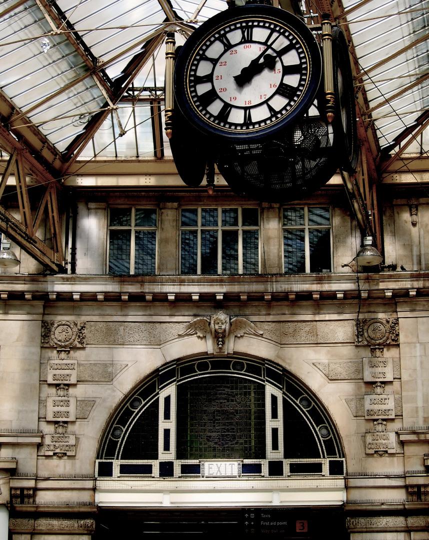 Waterloo_Station_Clock
