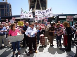 Manifestación de afectados de Bankia - Adicae