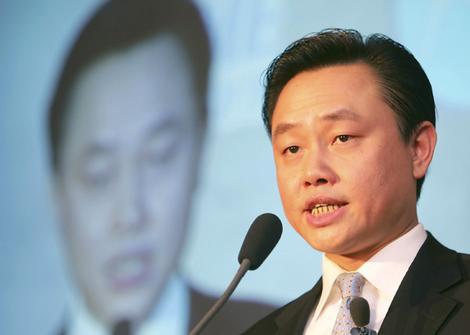 Huang Guangyu, Wong Kwong-yu
