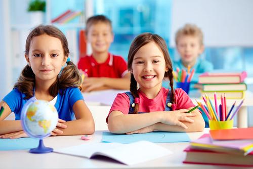 niños estudiosos